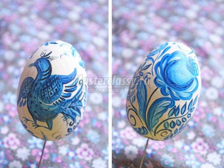 роспись пасхального яйца под гжель