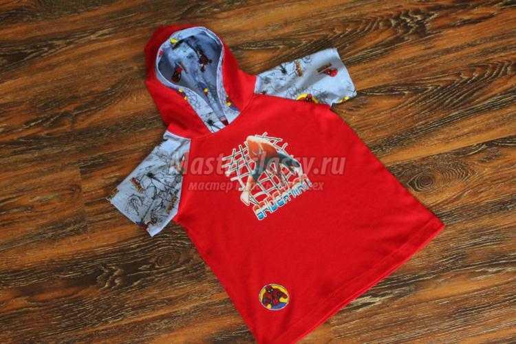 трикотажный костюм для ребенка. Футболка