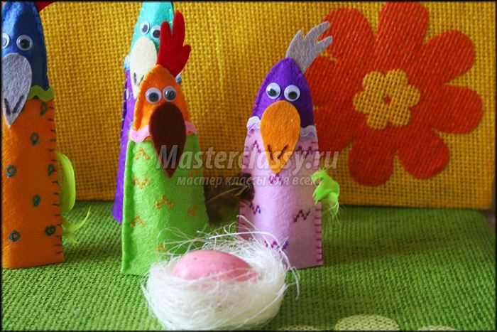 Петухи из фетра для декора