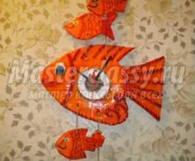 Часы из соленого теста. Рыбки. Мастер-класс с пошаговыми фото