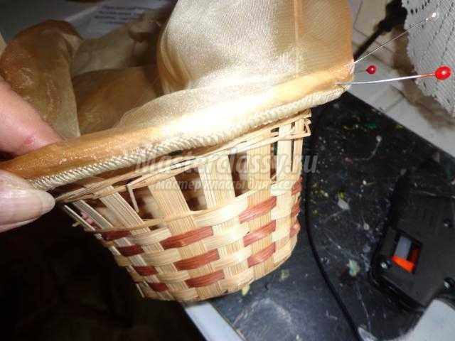 пасхальная корзина с тильда зайчиком и птичкой