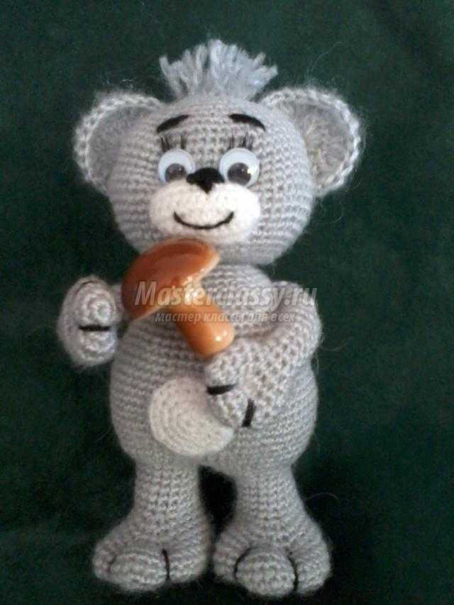 вязаные игрушки крючком мишка с грибочком мастер класс