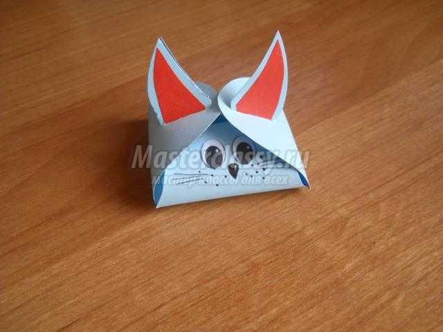 упаковка для подарка из картона. Кот