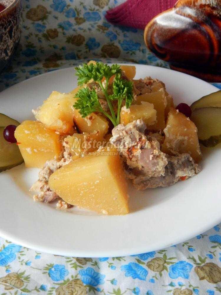 картошка со свининой в рукаве