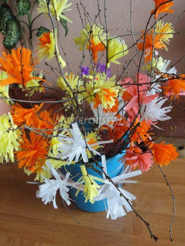 веточка с цветами из гофробумаги к 1 Мая. Мастер-класс