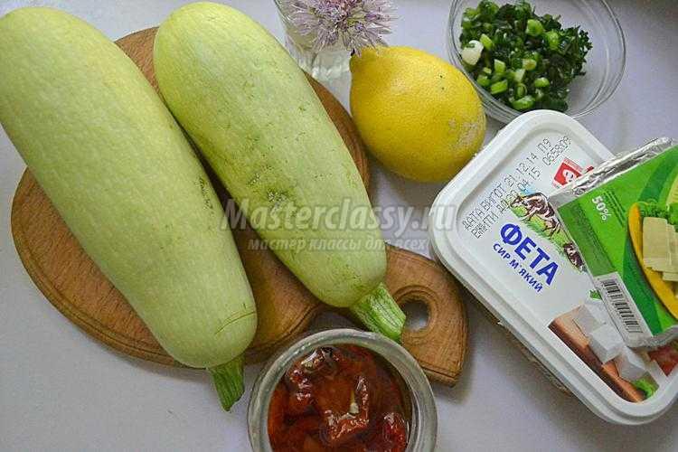 закуска из кабачков. Башенки с сыром и томатами