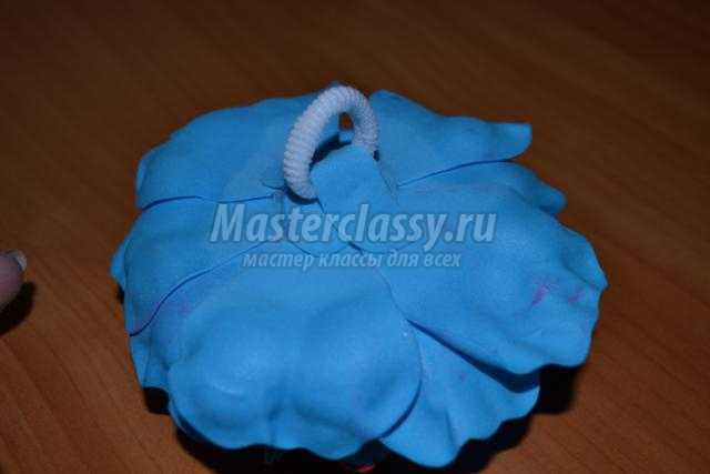 резинка для волос с цветком из фоамирана