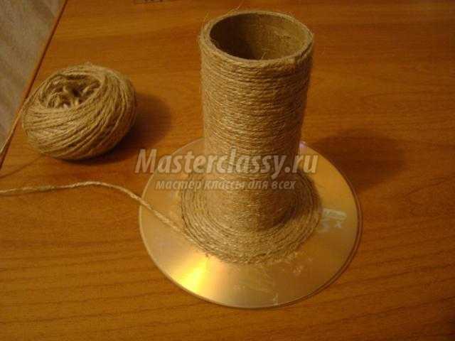 Делаем подставку для браслетов из тубы от бумажного полотенца