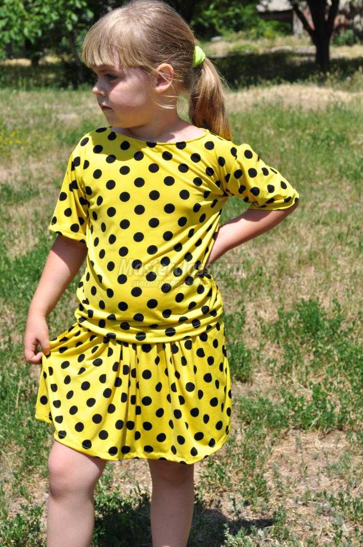 летний костюм для девочки из легкой ткани