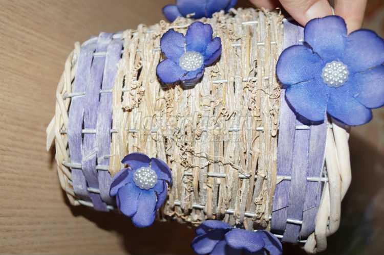 топиарий из органзы и цветов. Сиреневое облако