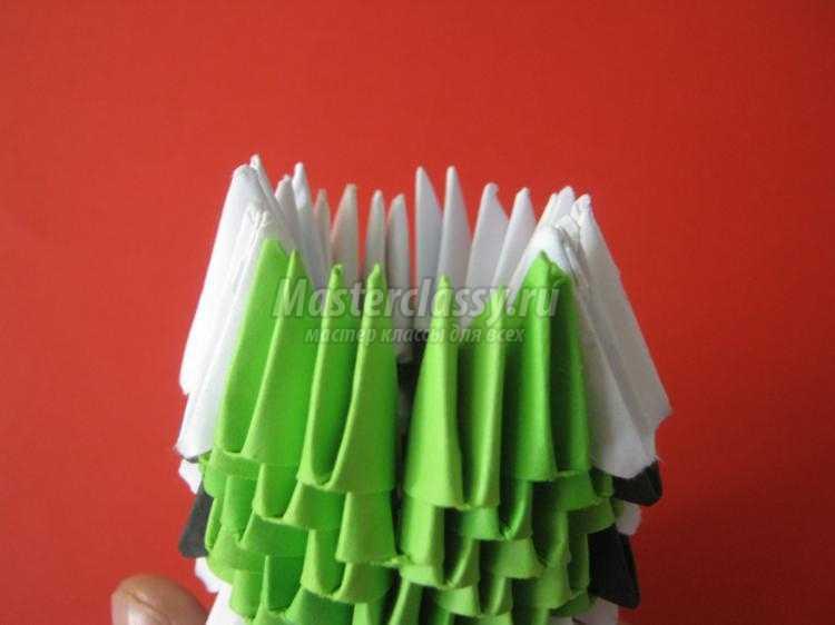 модульное оригами. Волнистый попугай