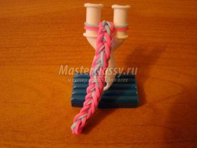 простой браслет из резинок на рогатке. Цепочка