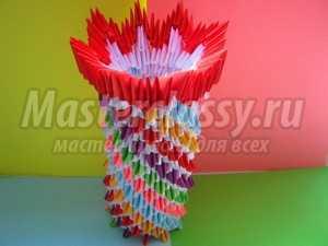 Оригинальная ваза. Техника модульное оригами: пошаговый мастер-класс с фото