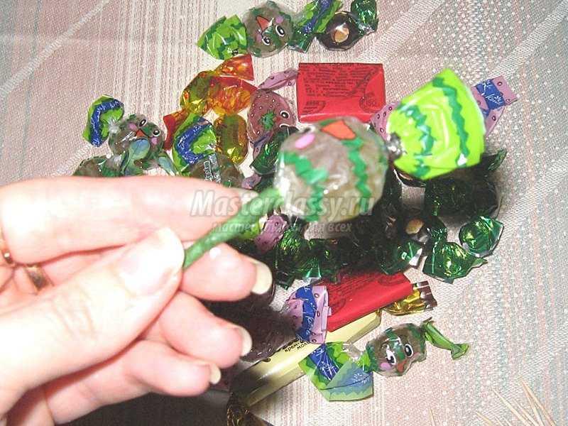 детские букеты из конфет фото
