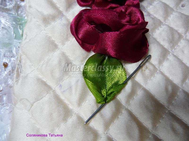 как вышить цветы лентами