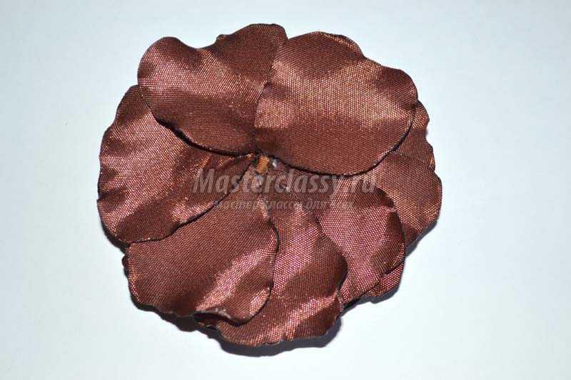 как сделать цветы из атласных лент