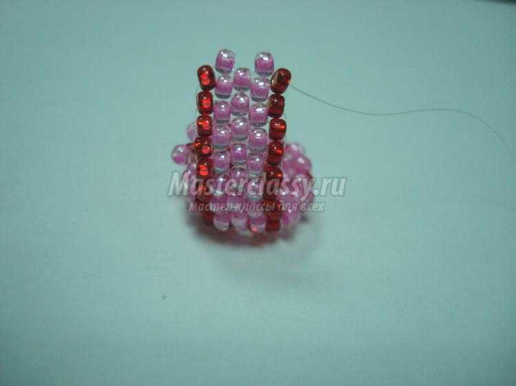 кольцо из бисера с жемчужиной. Веселый цветочек