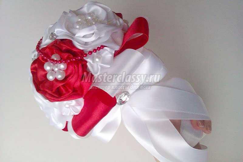 Букеты для невесты из атласных лент своими руками фото