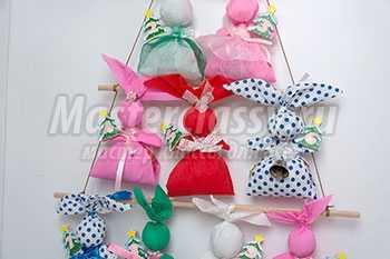 Новогодний адвент-календарь «Зайчики с шоколадными сюрпризами». Мастер-класс