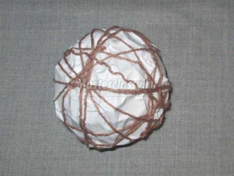 топиарий из ниток в подарок рукодельнице