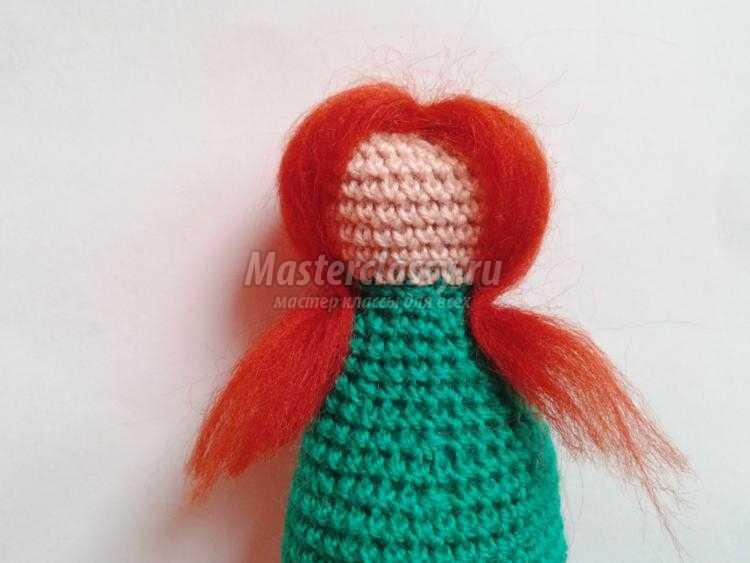 вязаная кукла-елочка крючком
