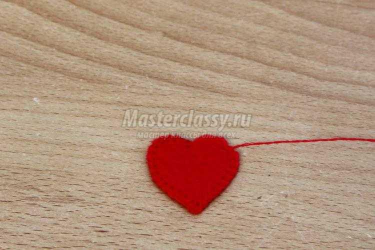 ежик из фетра с сердечком ко Дню Валентина