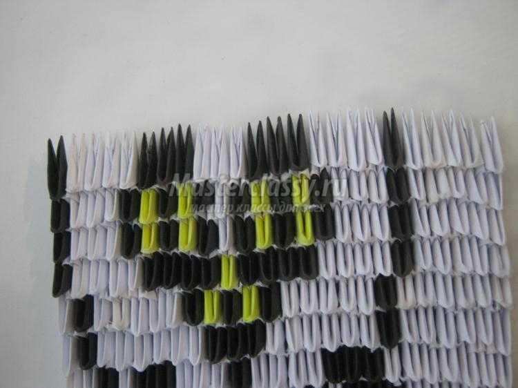 картина в технике модульное оригами. Сова
