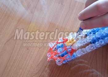 Плетение из резинок на станке. Клубничное эскимо. Мастер-класс