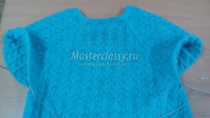 вязаный детский свитер спицами