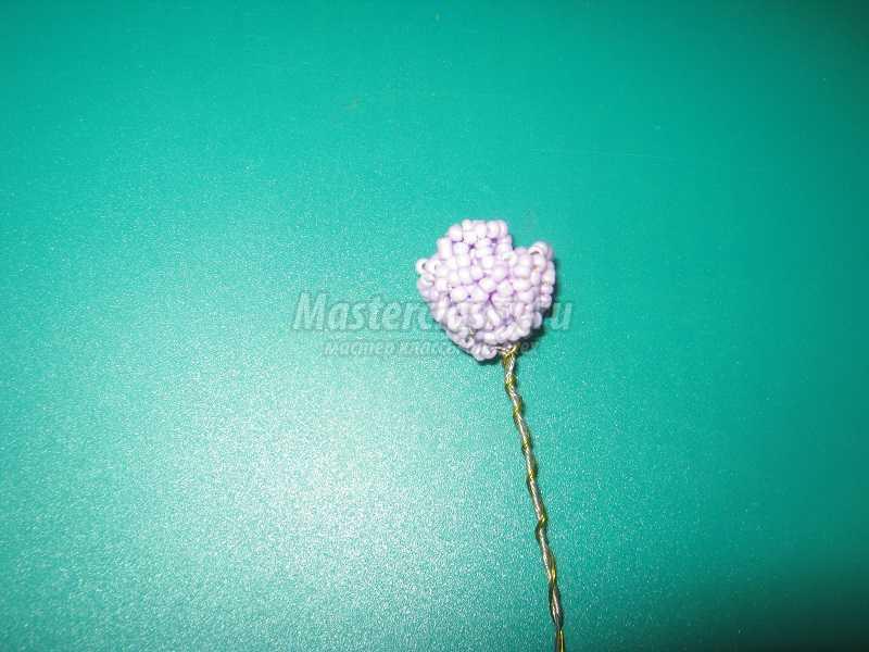 Кустовая роза из бисера - веточка