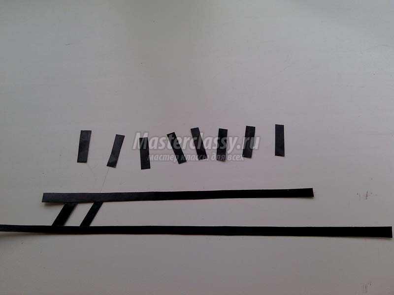 аппликация из бумаги с двухсторонним скотчем