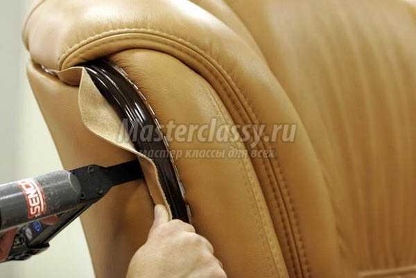 Советы по перетяжке дивана своими руками