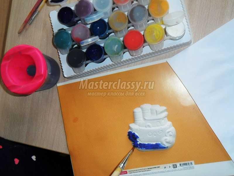 коллаж из разных материалов своими руками