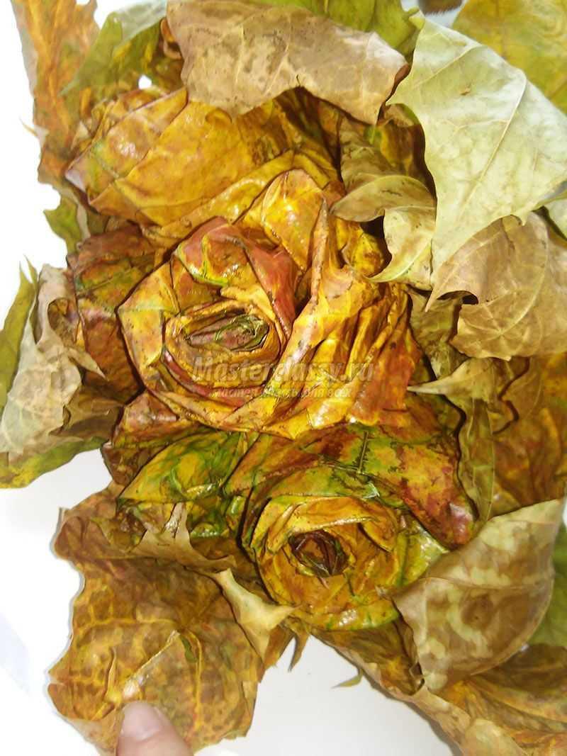 букет из осенних листьев своими руками